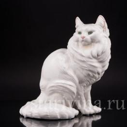 Фигурка кошки из фарфора Ангорская кошка, Nymphenburg, Германия.