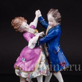 Статуэтка из фарфора Танцующие дети, Sitzendorf, Германия, сер. 20 в.